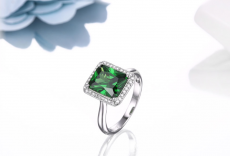 DOUBLE-R Created Emerald Gemstone